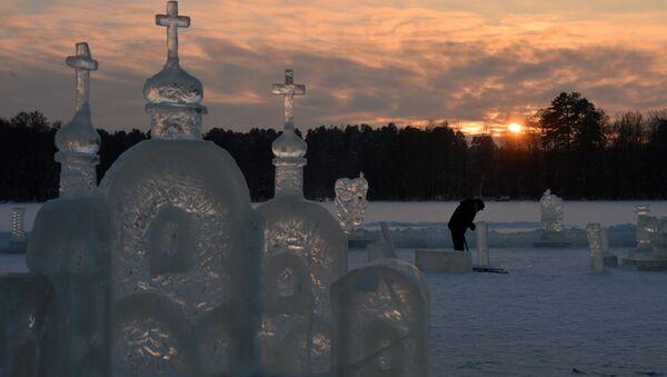 Tatarstán: příprava na koupání o Svátku Křtu Páně - Sputnik Česká republika