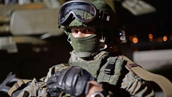 Ruský voják ve výstroji Ratnik - Sputnik Česká republika