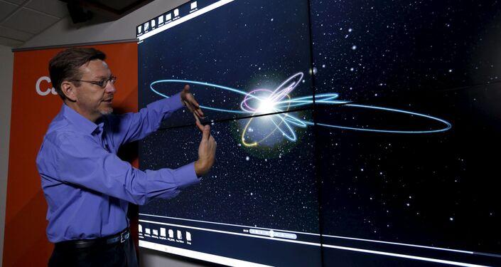 Profesor Michael Brown a oběžná dráha deváté planety