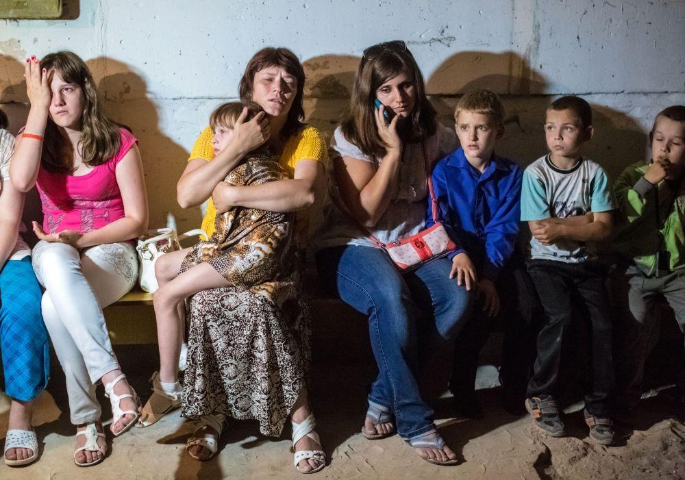 Válka a lidé. Rok silové operace na východě Ukrajiny