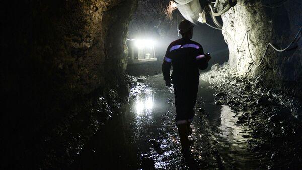 Těžba měděné rudy ve Sverdlovské oblasti - Sputnik Česká republika