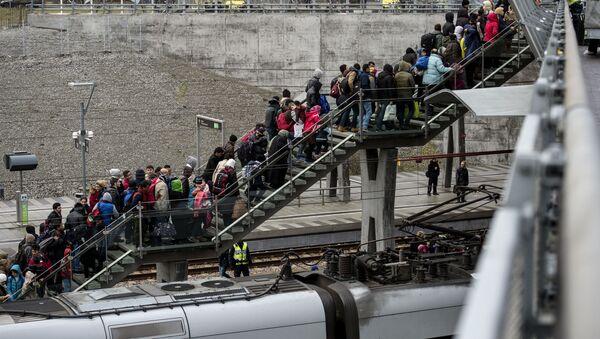 Migranti ve Švédsku - Sputnik Česká republika