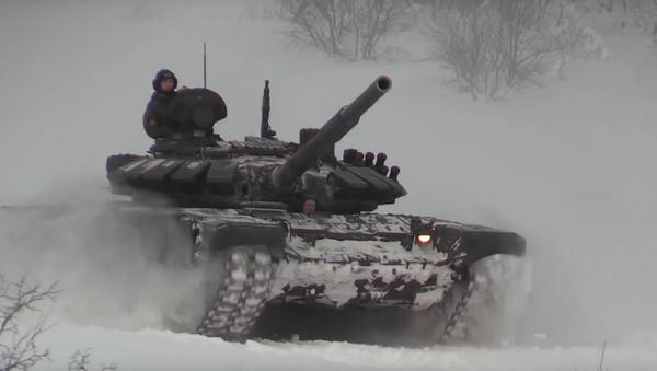 Tanky se připravují k tankovému biatlonu - Sputnik Česká republika