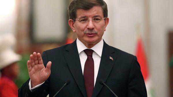 Turecký premiér Ahmet Davutoglu - Sputnik Česká republika