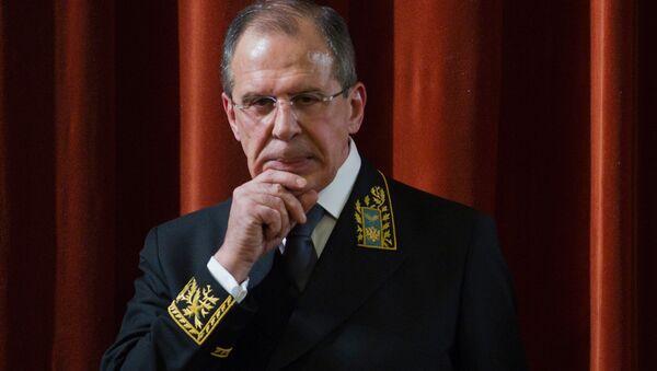 Ruský ministr zahraničí Sergej Lavrov v uniformě pro diplomaty - Sputnik Česká republika