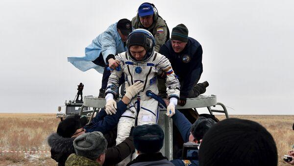 Kosmonauti se vrátili na Zemi - Sputnik Česká republika