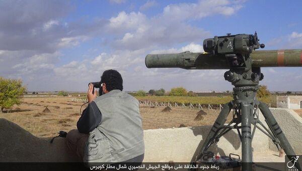 Příslušník IS a TOW-1 nedaleko Aleppa - Sputnik Česká republika