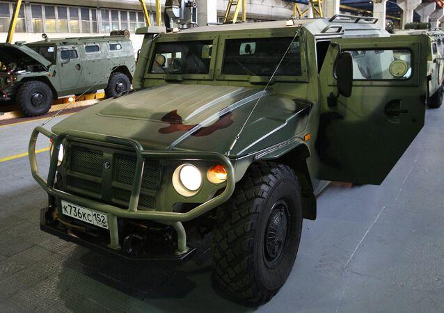 Opancéřovaný automobil Tigr