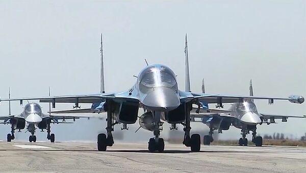 Ruská vojenská letadla směřují domů se začátkem vojenského stahování - Sputnik Česká republika