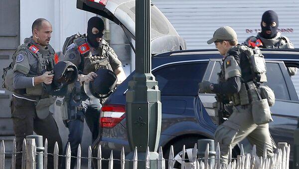 V Bruselu došlo k přestřelce, zřejmě s teroristy - Sputnik Česká republika