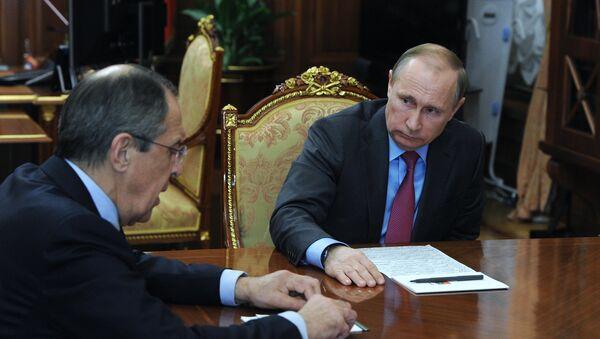 Setkání Vladimira Putina a Sergeje Lavrova v Kremlu, 14. března 2016 - Sputnik Česká republika