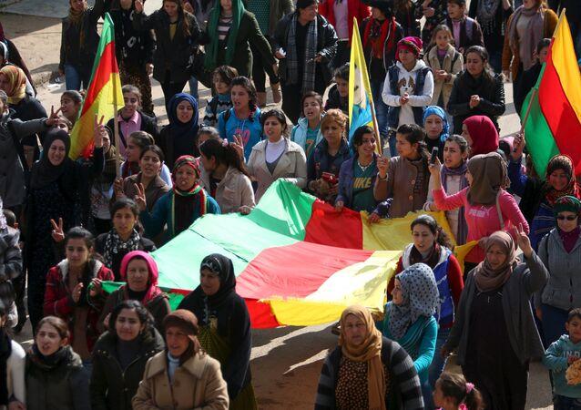 Kurdské vlajky