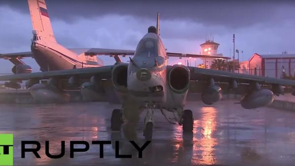 Sýrie: ruské letouny nadále opouštějí leteckou základu Hmeimim poté, co byl vydán rozkaz k odsunu - Sputnik Česká republika