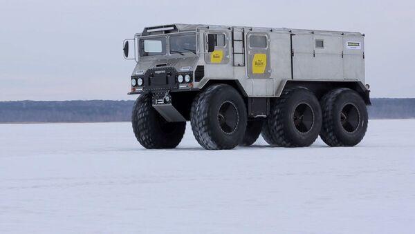 Arktické terénní vozidlo Burlák - Sputnik Česká republika
