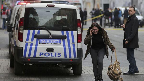V rušné pěší ulici v centru Istanbulu došlo k výbuchu - Sputnik Česká republika