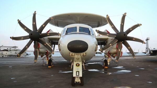 Letoun Grumman E-2D Advanced Hawkeye - Sputnik Česká republika