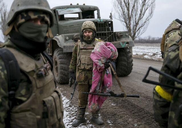 Ukrajinští vojáci na Donbasu