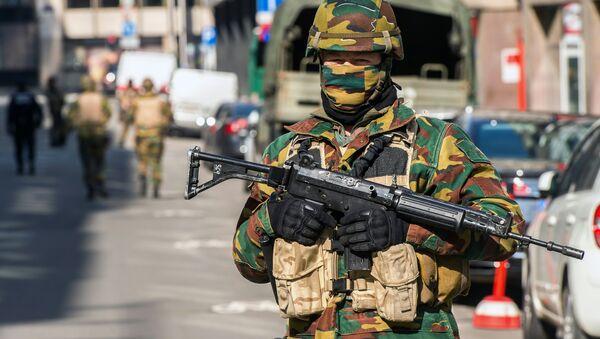 Voják v Bruselu - Sputnik Česká republika