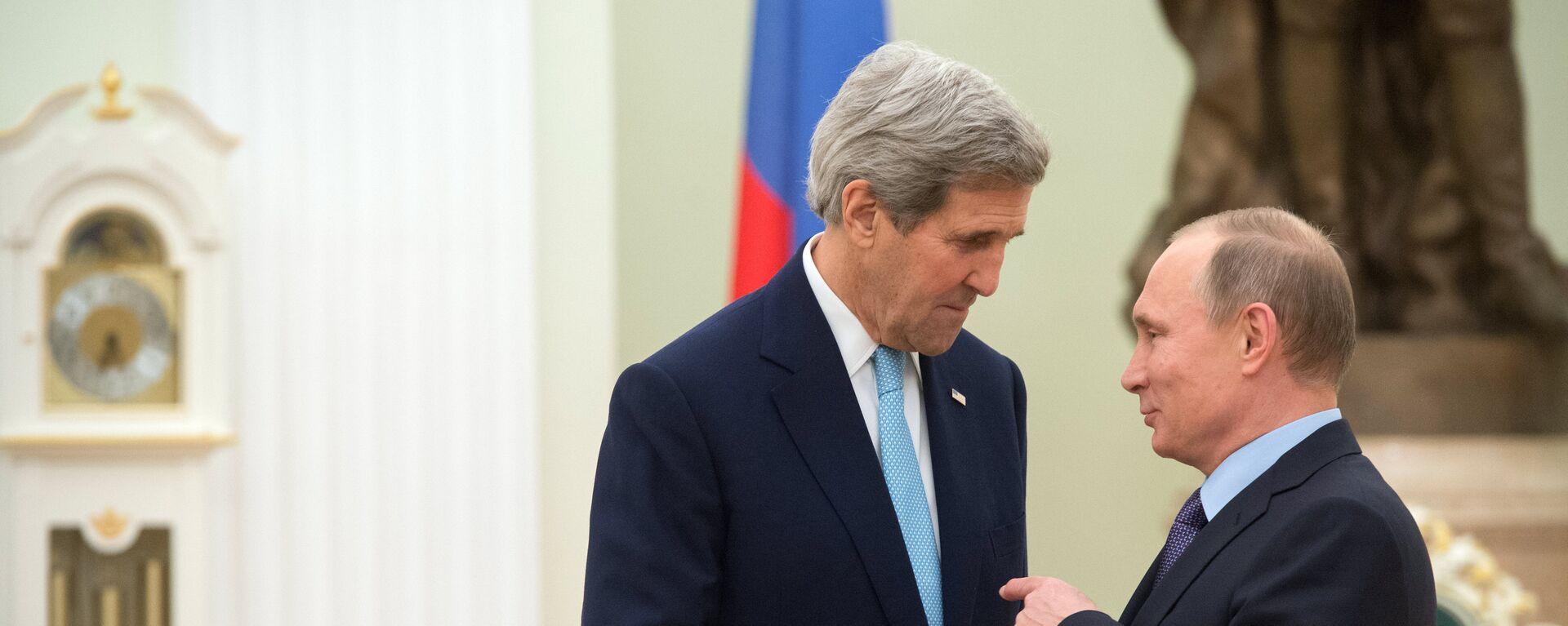 Vladimir Putin a John Kerry - Sputnik Česká republika, 1920, 14.07.2021