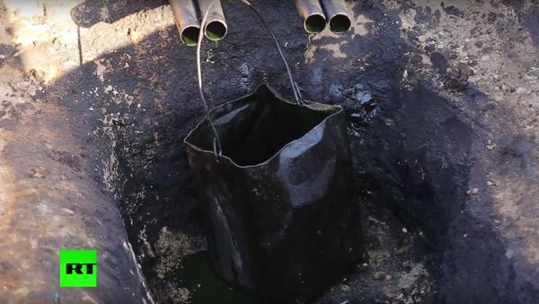 Novináři RT předložili důkazy o prodeji ropy bojovníkům IS do Turecka - Sputnik Česká republika