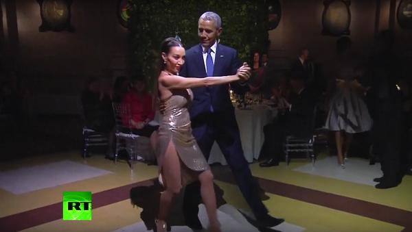 Barack Obama si zatančil v Argentině tango - Sputnik Česká republika