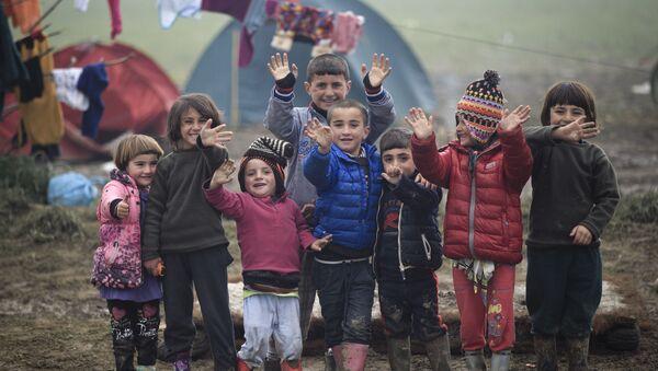 Děti uprchlíků v Řecku - Sputnik Česká republika
