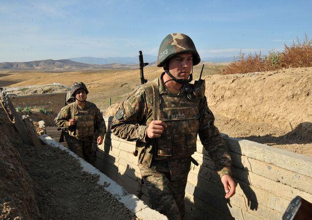 Arménští vojáci v Náhorním Karabachu