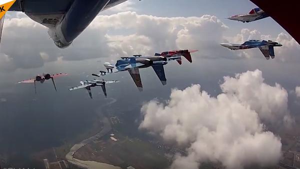 Letecká skupina Ruští vítězové: 25 let vyšší pilotáže - Sputnik Česká republika