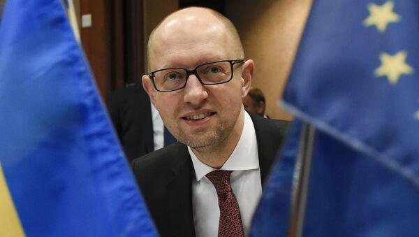Práce vlády pod vedením Jaceňuka dostala v únoru negativní hodnocení ze strany parlamentu, ovšem vyslovit nedůvěru vládě se Radě nepodařilo - Sputnik Česká republika
