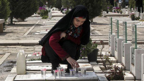 Hřbitov v Teheránu - Sputnik Česká republika