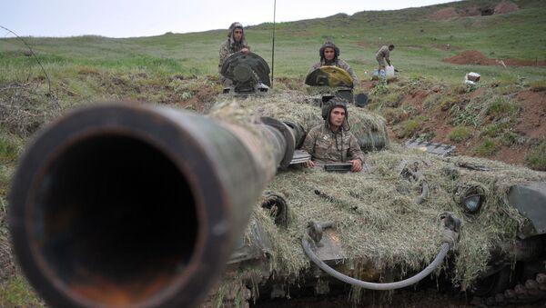 Vojáci armády obrany Náhorního Karabachu - Sputnik Česká republika