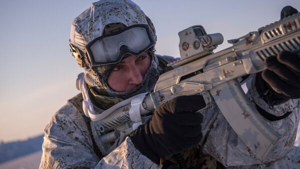 Příslušníci čečenských speciálních během cvičení v Arktidě - Sputnik Česká republika