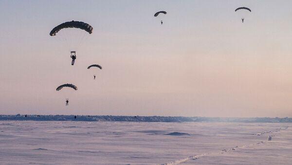 Ruská výsadková vojska hodlají rozšiřovat přítomnost v Arktidě - Sputnik Česká republika