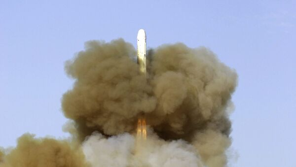 Start balistické rakety RS-18 - Sputnik Česká republika