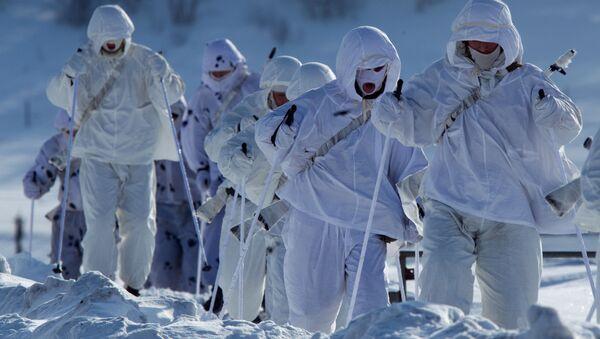 Ruští vojáci v Arktidě - Sputnik Česká republika