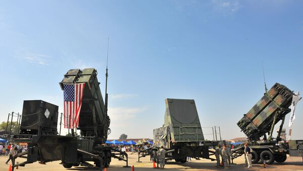 Americké taktické mobilní raketové systémy Patriot - Sputnik Česká republika
