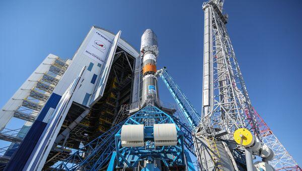 Raketa Sojuz-2.1a na kosmodromu Vostočnyj - Sputnik Česká republika