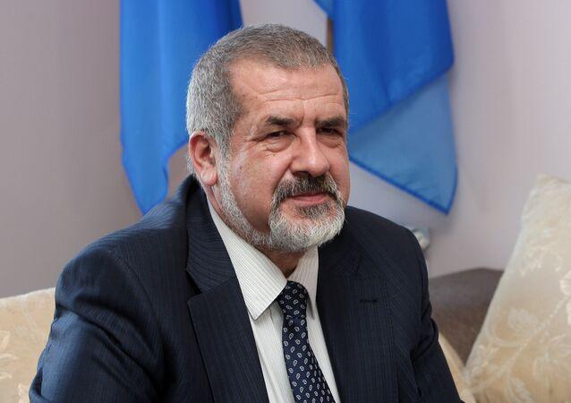 Vedoucí sdružení Medžlis krymsko-tatarského lidu, poslanec Nejvyšší rady Refat Čubarov