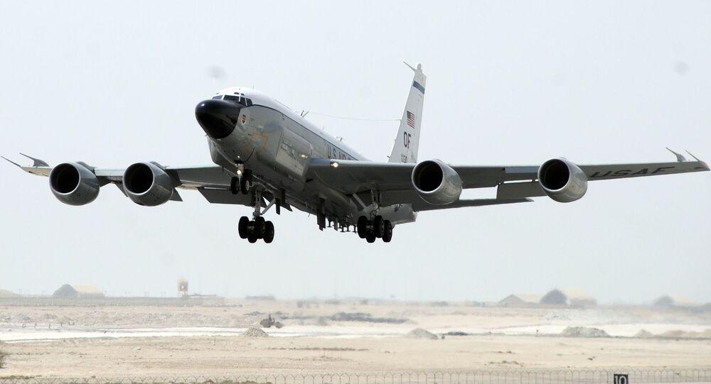 Letadlo RC-135W