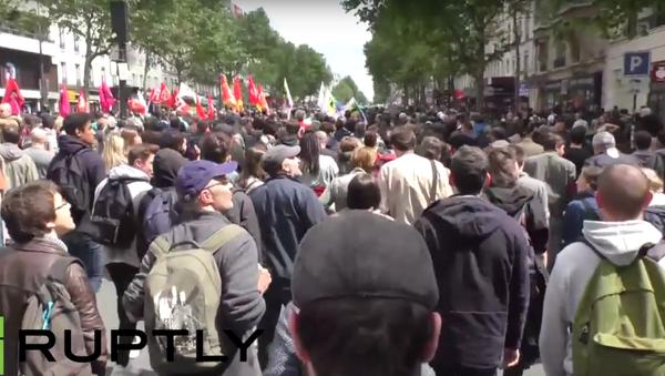 Protestní akce v Paříži - Sputnik Česká republika