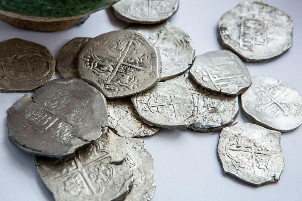Poklad na budoucí cestě ke Krymskému mostu