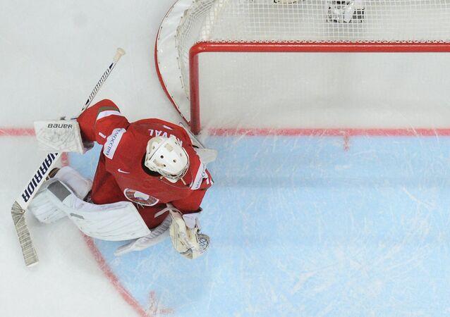 Brankář běloruské hokejové reprezentace Vitalij Koval