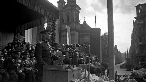 Maršál Koněv v Praze. 1945. - Sputnik Česká republika