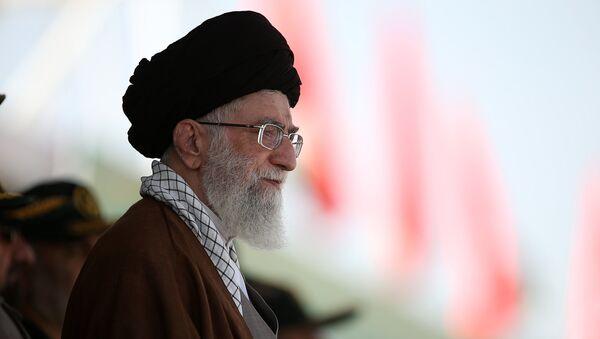 Nejvyšší vůdce Íránu ájatolláh Alí Chameneí - Sputnik Česká republika