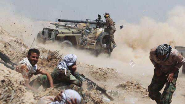 Irácké provládní síly v boji proti bojovníkům IS - Sputnik Česká republika