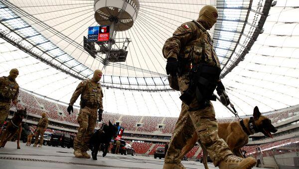 Příprava na summit NATO ve Varšavě - Sputnik Česká republika