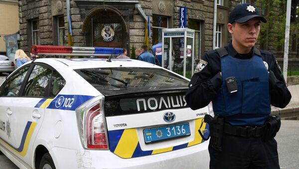 Ukrajinský policista - Sputnik Česká republika