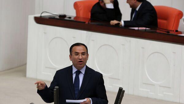 Ministr spravedlnosti Turecka Bekir Bozdag - Sputnik Česká republika