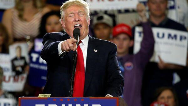 Kandidát na prezidenta USA za Republikánskou stranu miliardář Donald Trump - Sputnik Česká republika