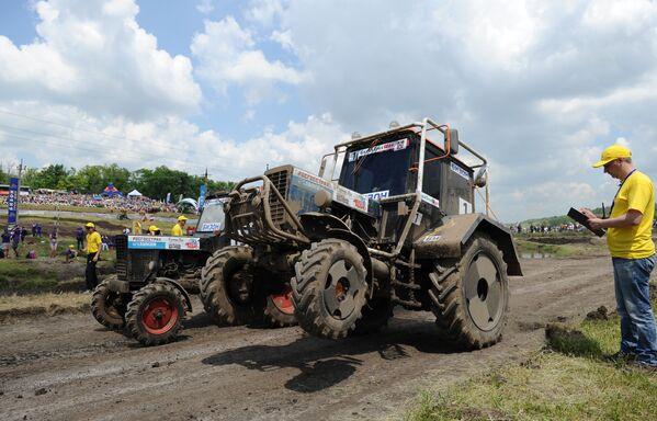Mezinárodní traktorové závody  Bizon-Track-Show 2016 - Sputnik Česká republika